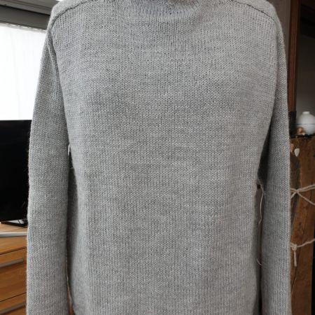 pullover-grau.jpg